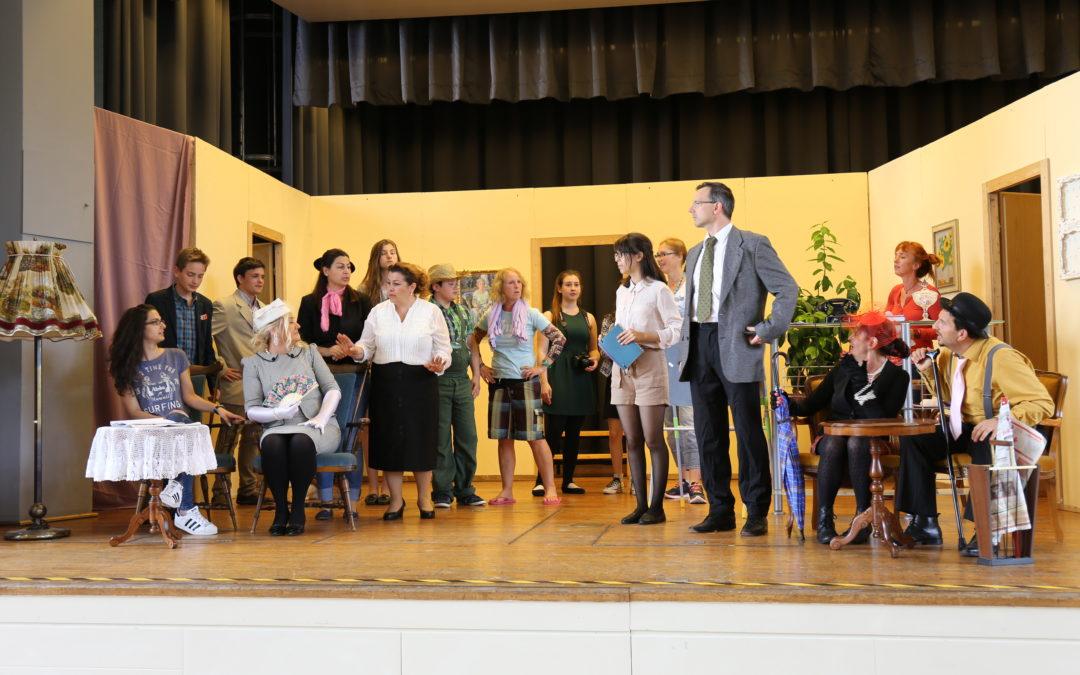 """""""Hals- und Beinbruch"""" für die interkulturelle Theatergruppe Bühnenreif Mühlacker"""