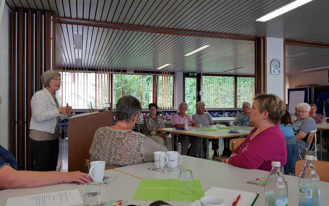 Sommertour Ehrenamt: Besuch bei FRAUKE Frauen&Krebs