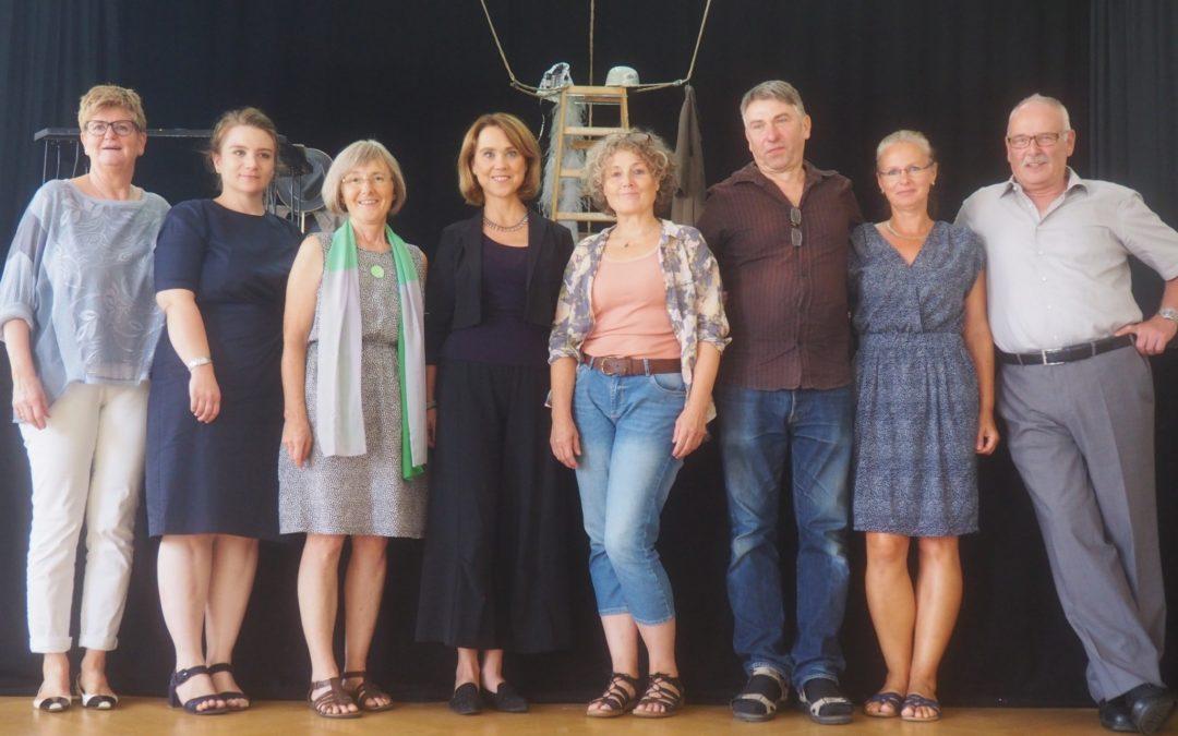 Sommer-Kult-Tour: Besuch in der Theaterschachtel