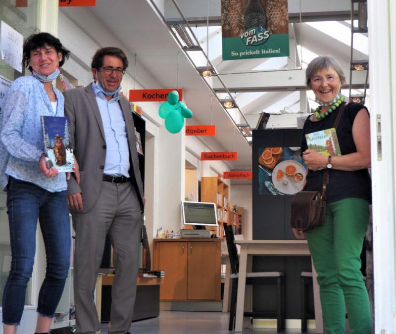 Stefanie Seemann erstmalig im Lockdown zu Besuch bei der Buchhandlung Elser in Mühlacker
