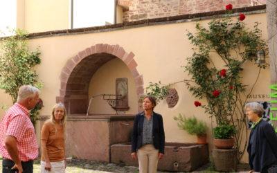 Seemann besucht Kulturort im Enzkreis